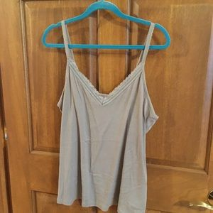 Old Navy Tank  top Size XXL  in good condition
